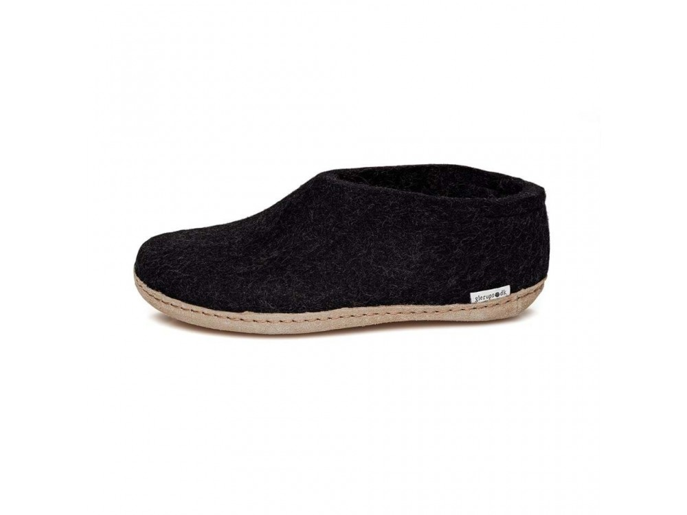 Shoe charcoal