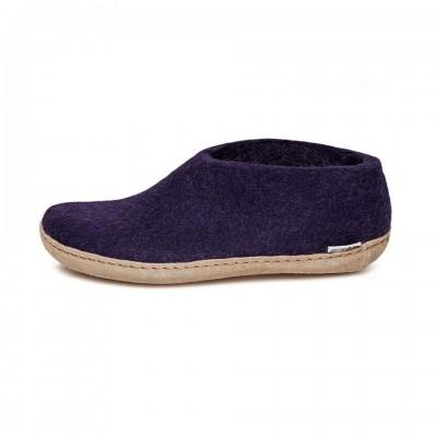 Shoe purple